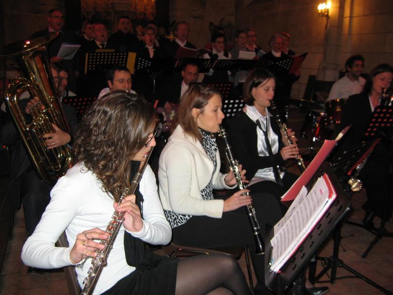 Sections Bois et Cuivres pendant le concert de l'Harmonie Chorale de Brinon Noel 2009